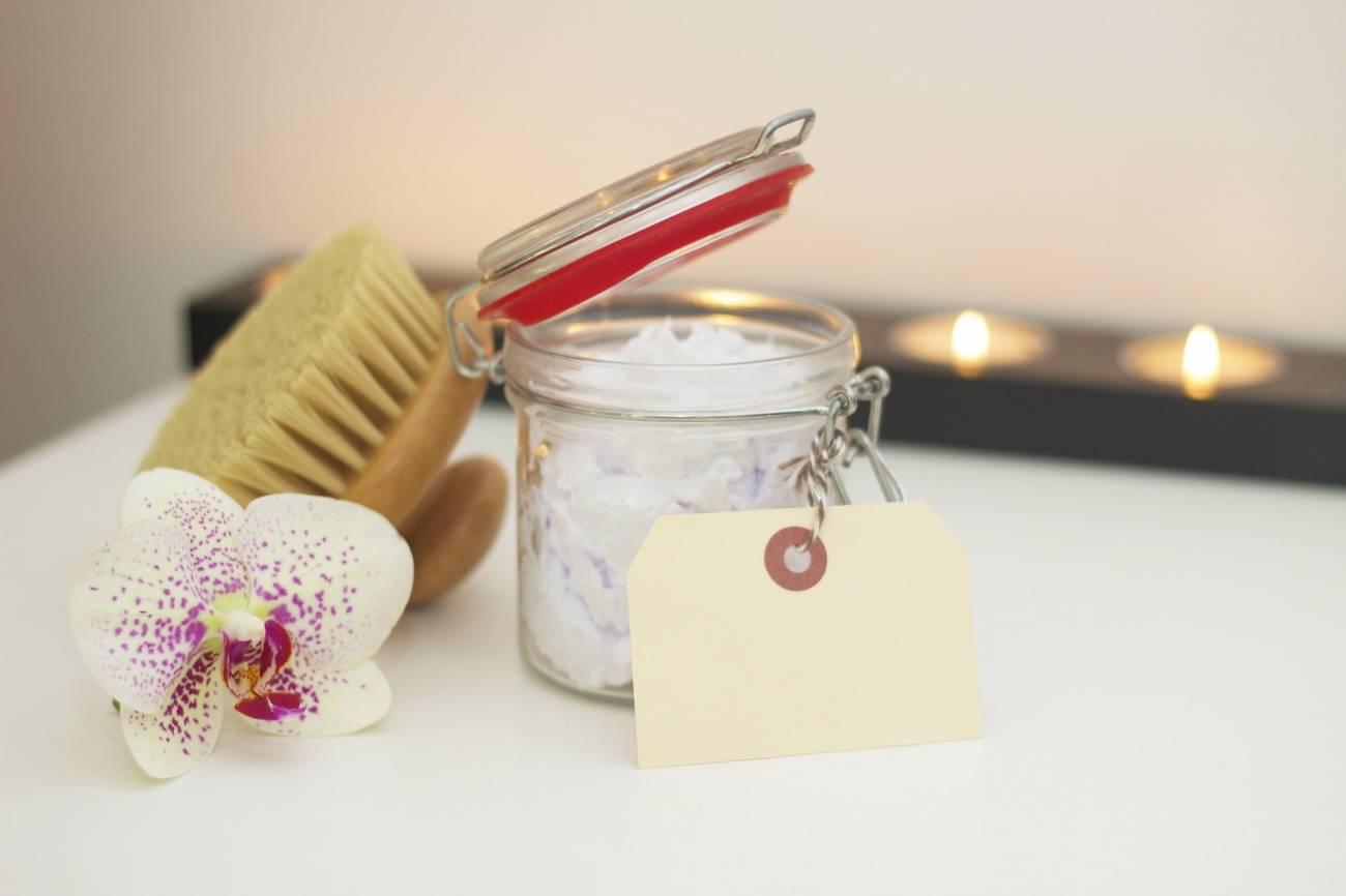 Domowe oczyszczanie twarzy