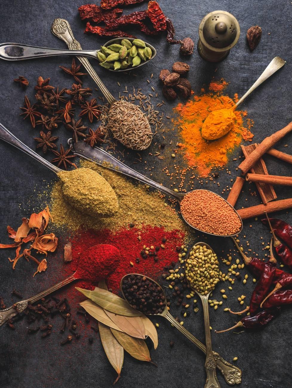 Najpopularniejsze zioła i przyprawy w kuchni